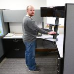 Ergonomics_in_the_office-standup_desk